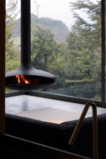 Mountain-Retreat-Fearon-Hay-Architects-Limited-10